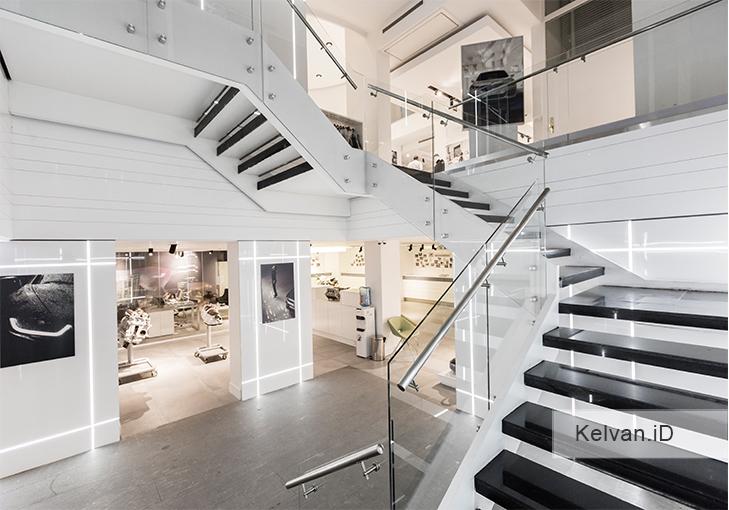 BMW-Showroom & Accessories Center 03