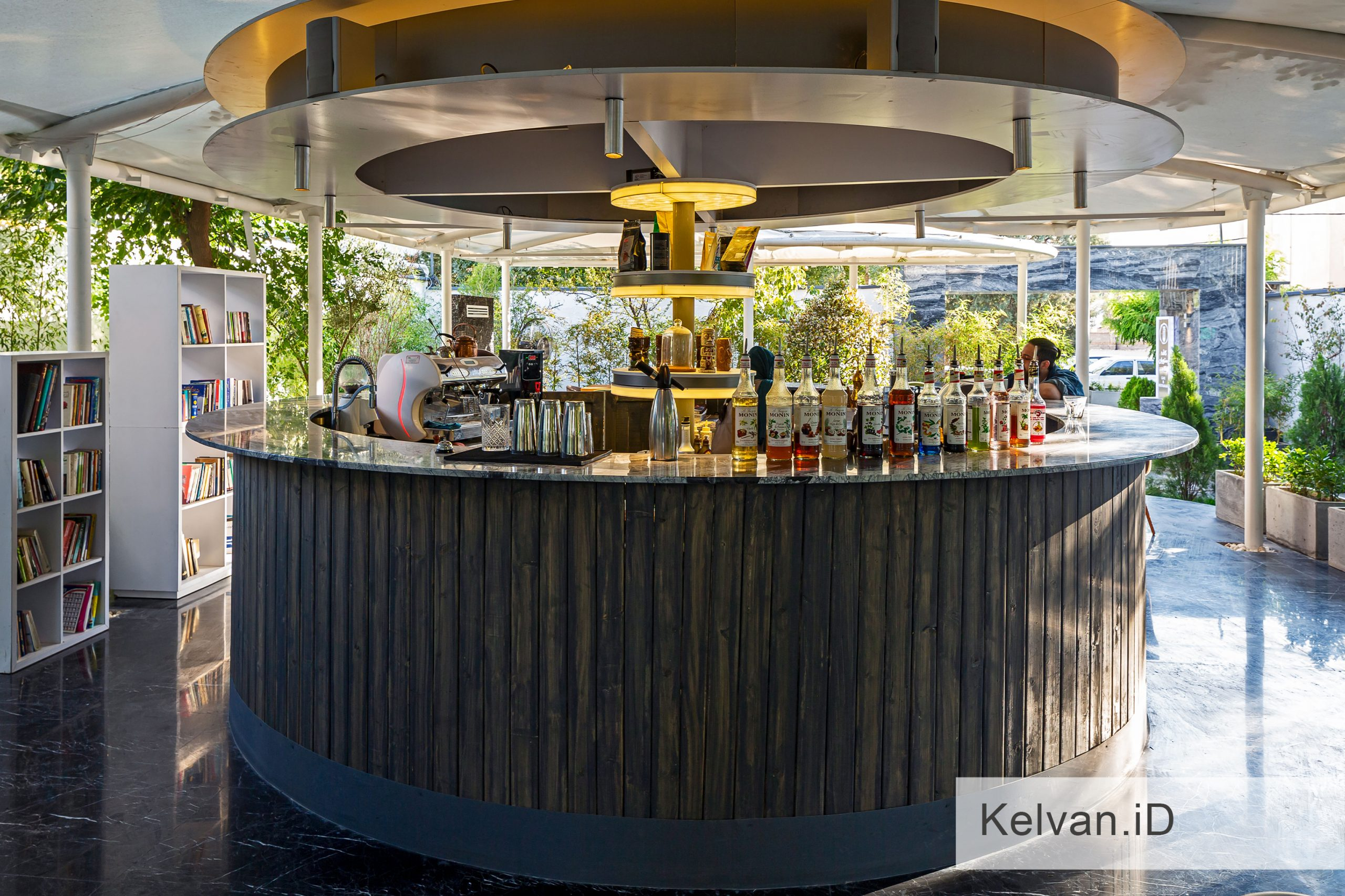 Kelvan-Lukas Restaurant 05